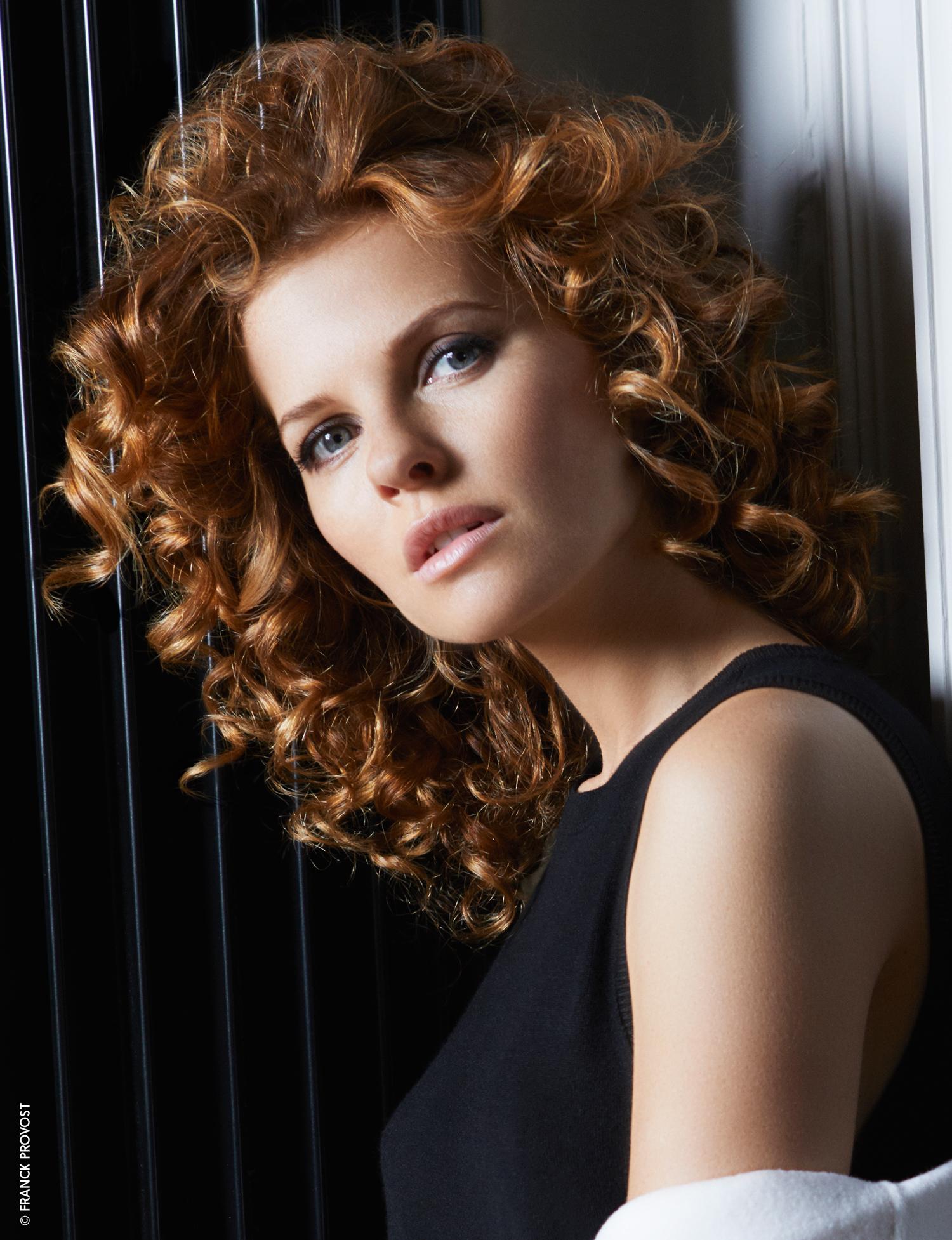6 Coupes Pour Cheveux Boucles Qui Rajeunissent Femme Actuelle