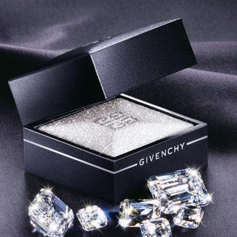 Diamant de peau par Givenchy