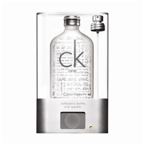 Tous à l\'unisson avec ck one de Calvin Klein