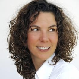 Hélène Bedel, coach et créatrice de l'atelier « jouer avec son ombre »