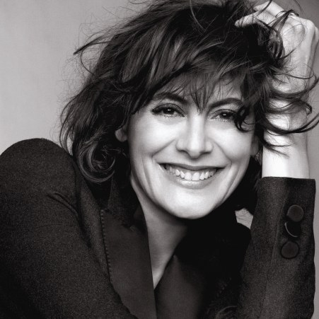 Inès de la Fressange, une nouvelle égérie pour L'Oréal Paris