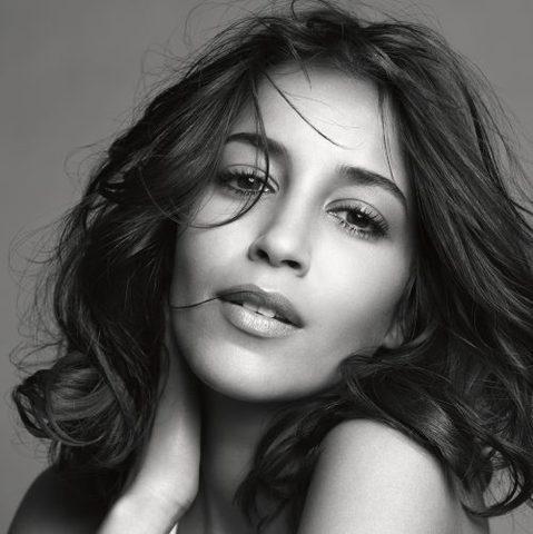 Leïla Bekhti, nouvelle égérie L'Oréal Paris