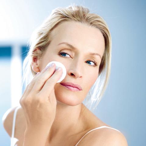 Mixa, le nouveau démaquillage des peaux sensibles