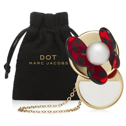 Dot, la nouvelle concrète de Marc Jacobs