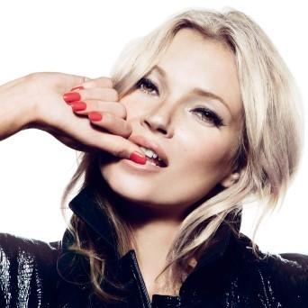 Des ongles 100% Kate Moss avec Rimmel