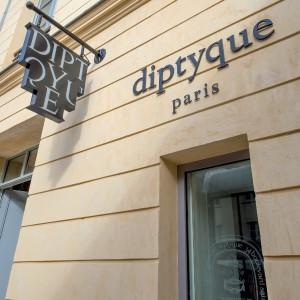 diptyque s'installe à la Cour des Senteurs à Versailles