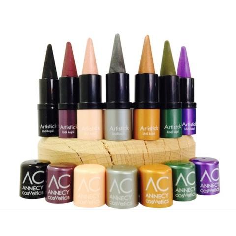 Annecy Cosmetics lance sa première ligne de maquillage bio