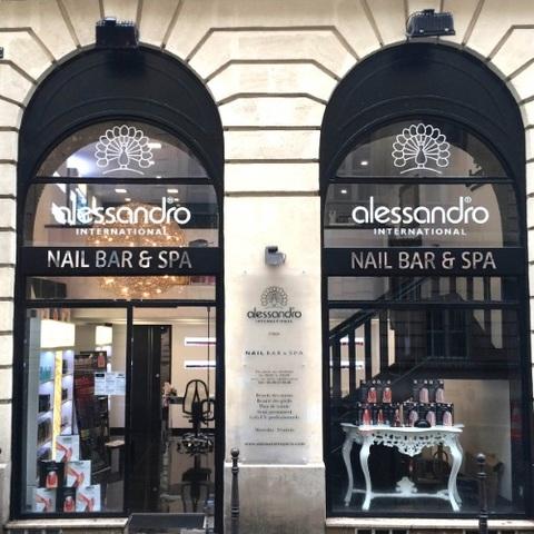 Alessandro ouvre son premier nail bar à Paris