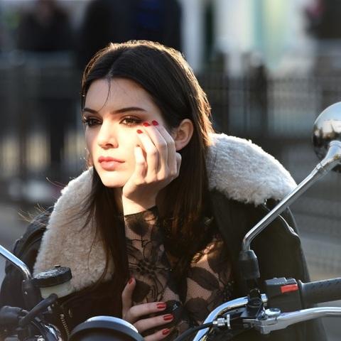 Kendall Jenner, nouvelle égérie Estée Lauder
