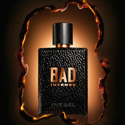 Diesel réinterprète son parfum mythique avec Bad Intense