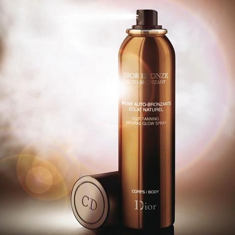 Du bronzage vaporisé à même la peau chez Dior