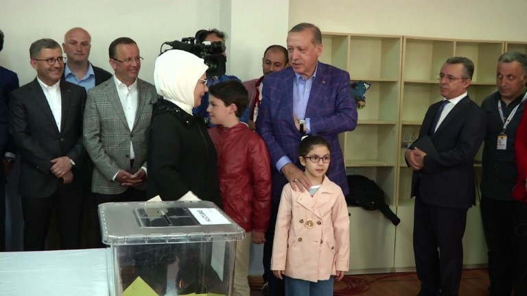 Référendum turc : Erdogan a voté