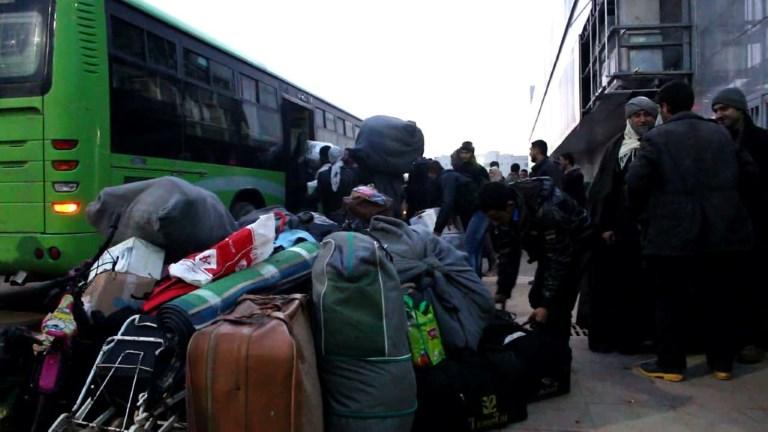 Syrie: nouvelles évacuations de rebelles à Homs