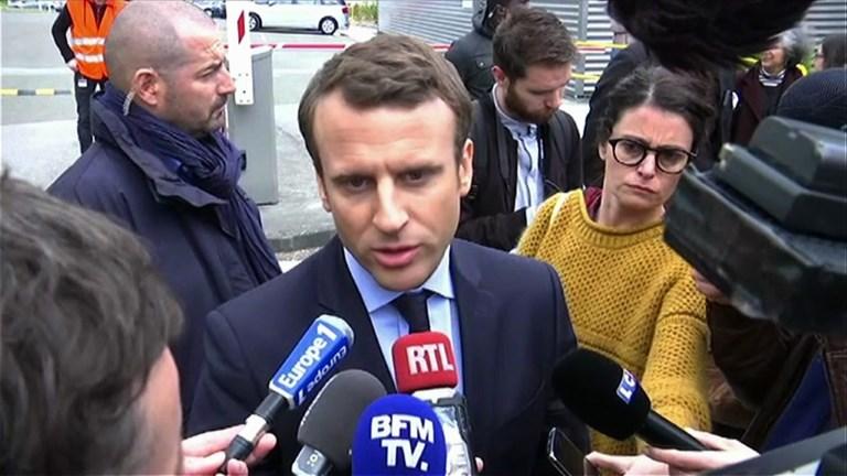 Macron appelle au rassemblement contre le terrorisme