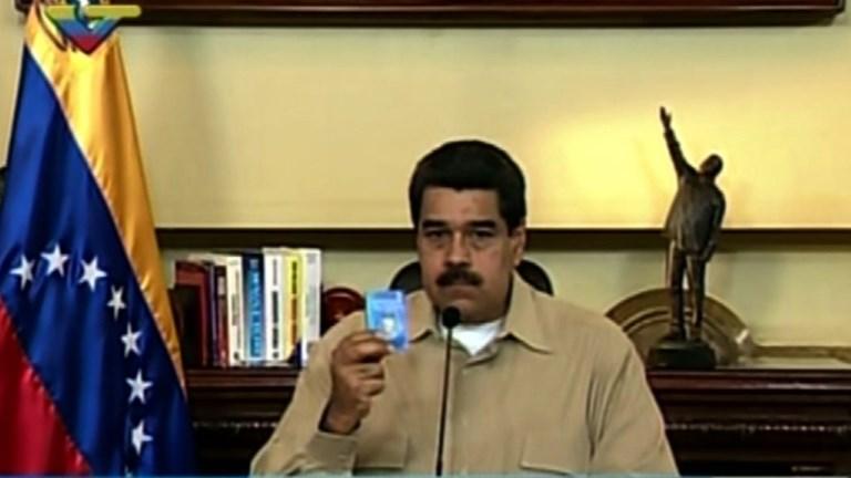Venezuela: Maduro dénonce un