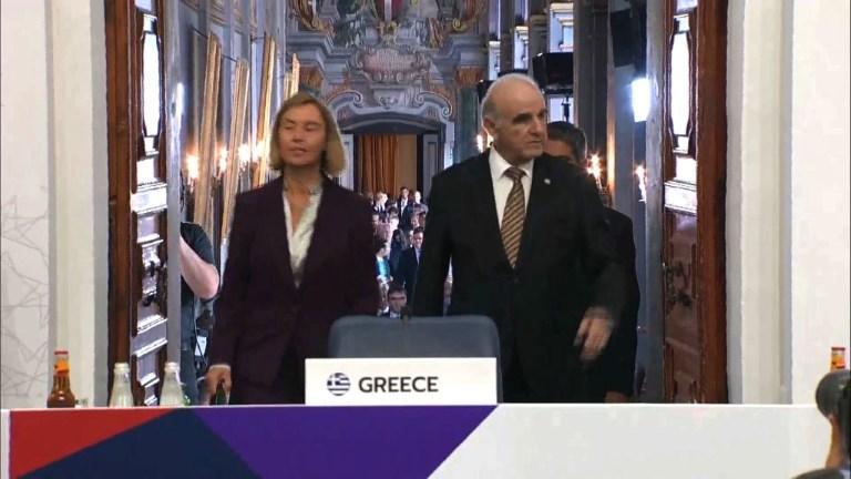 UE: Mogherini veut une discussion
