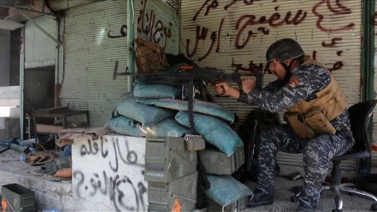 Mossoul: les forces irakiennes progressent vers la vieille ville