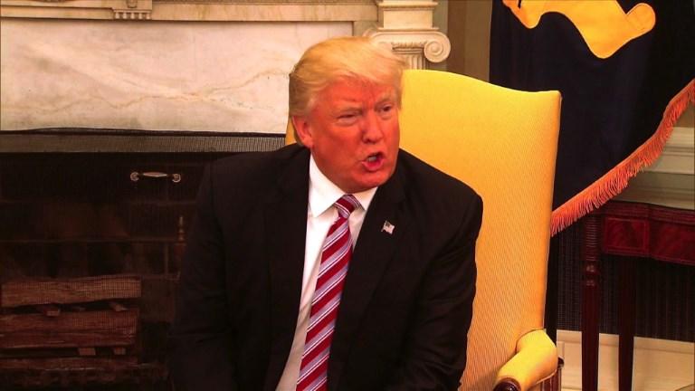 Donald Trump s'explique sur le limogeage du directeur du FBI