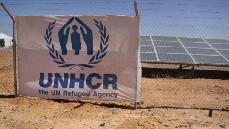 Jordanie: un camp de réfugiés se dote de panneaux solaires