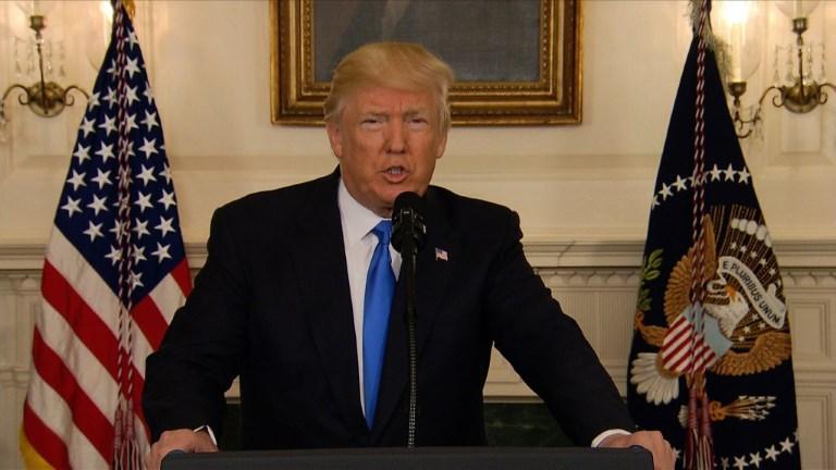Fusillade: Trump salue l'intervention