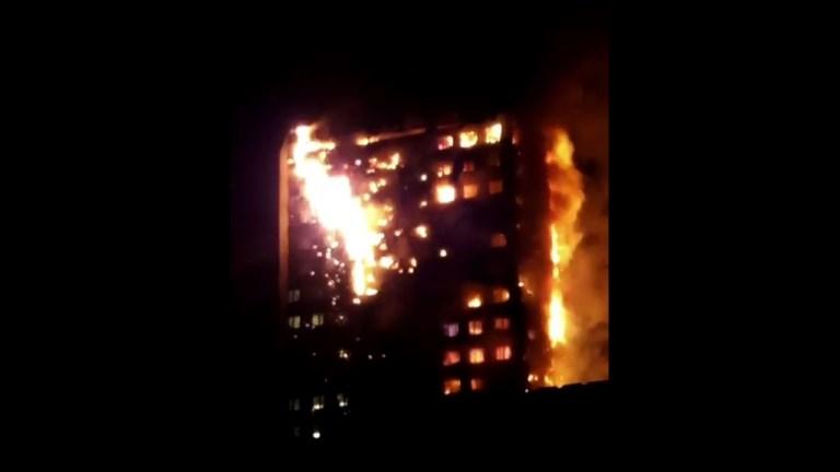 Au moins 30 blessés dans l'incendie d'un immeuble à Londres