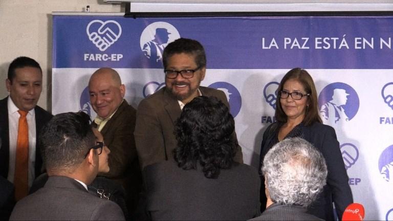 Colombie: la guérilla des Farc va se muer en parti politique