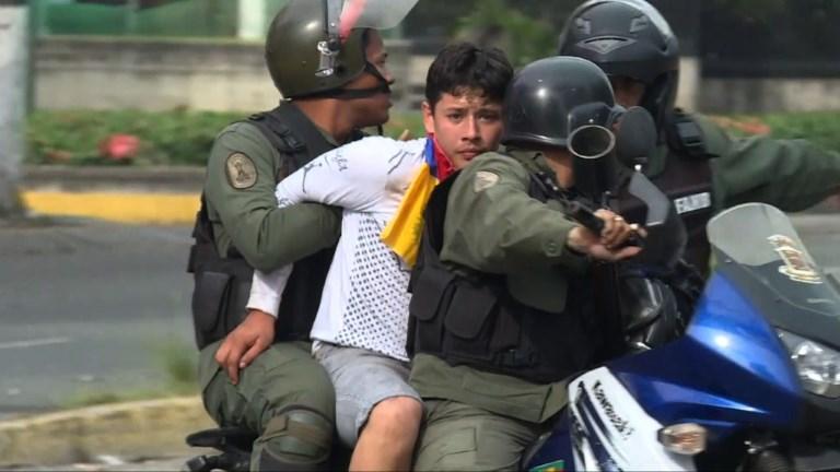 Venezuela: Maduro propose de dialoguer, 7 manifestants tués