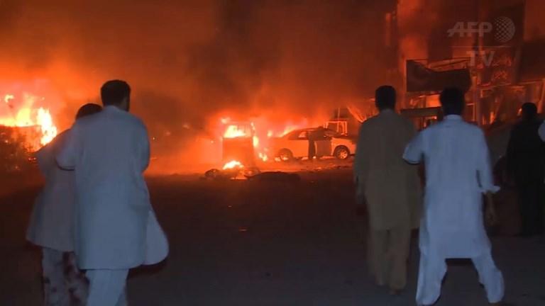 Pakistan: au moins 15 morts dans un attentat dans le sud-ouest