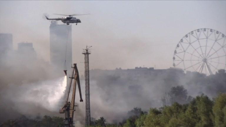 Russie: incendie à Rostov-sur-le-Don, évacuations par centaines