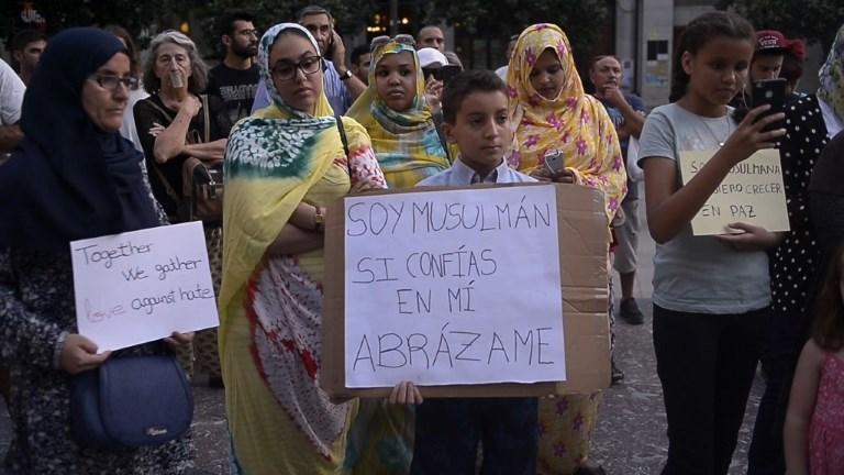 Attentats/Espagne: Marche contre le terrorisme à Grenade