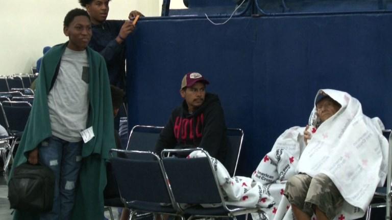 Harvey: 30.000 personnes attendues dans les centres d'urgence