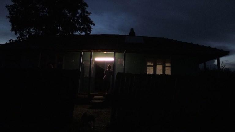 Roumanie: une ONG apporte l'électricité aux plus pauvres