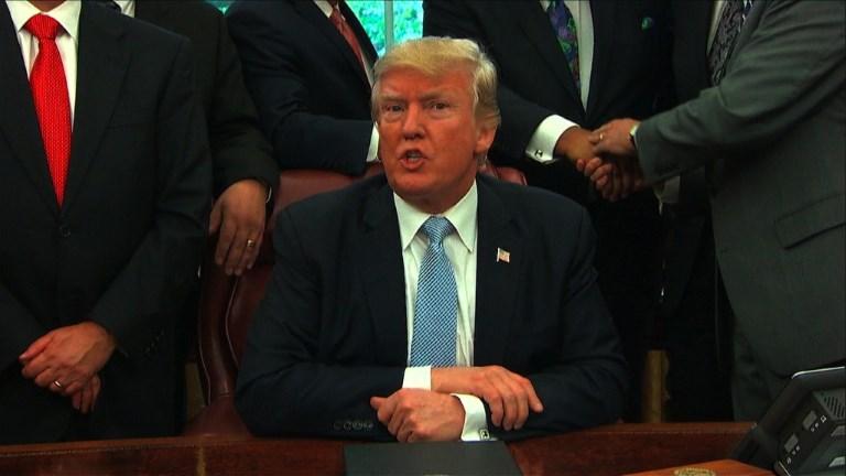 Trump se prononcera mardi sur le sort de 800.000 sans-papiers