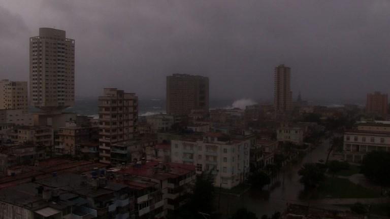 A Cuba, Irma a inondé la côte, y compris à La Havane