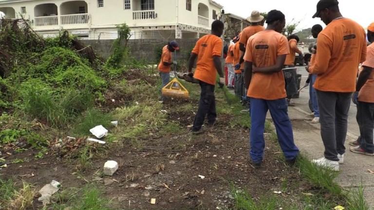 Saint-Martin: les travaux de nettoyage se poursuivent