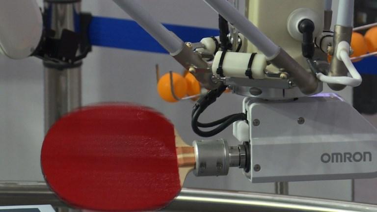 Japon: un robot affronte un pongiste olympique