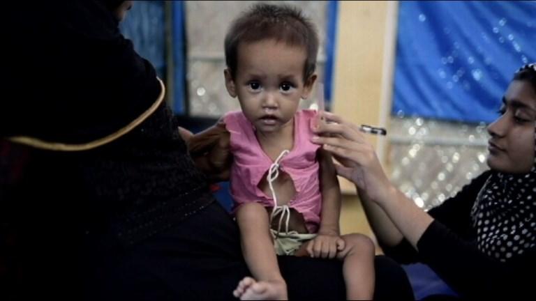 La malnutrition frappe des milliers d'enfants rohingyas