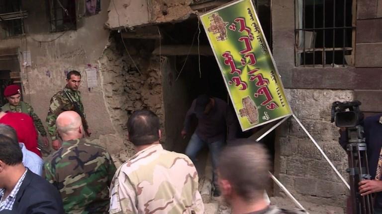 Triple attentat suicide près du siège de la police à Damas