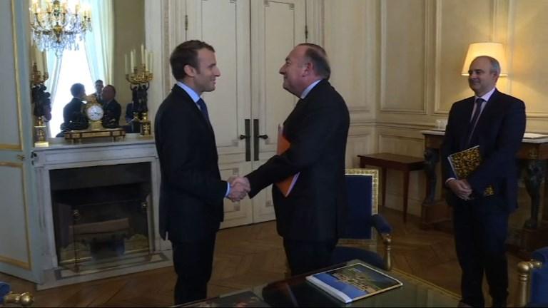 Réformes: Emmanuel Macron reçoit Pierre Gattaz, patron du Medef