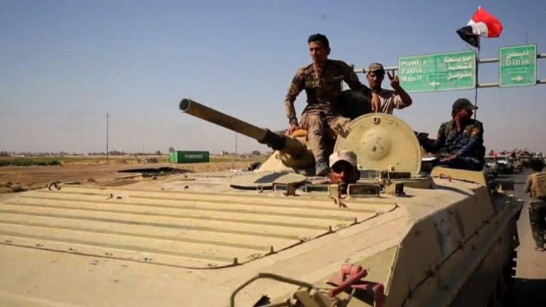 Bagdad reprend aux Kurdes un champ de pétrole