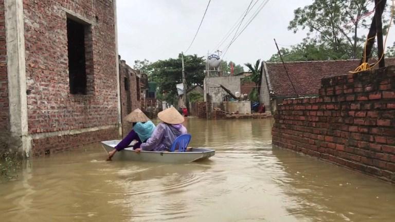 Vietnam : le bilan des inondations s'alourdit