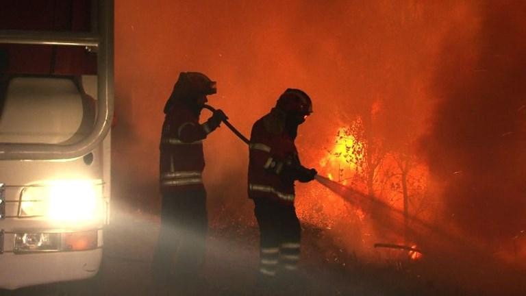 Portugal: De violents incendies continuent de ravager le pays