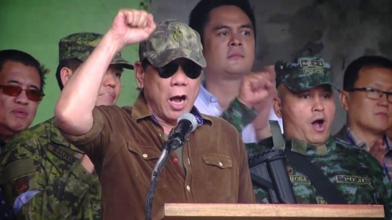 Philippines: Duterte dit que Marawi est