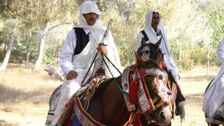 En Libye, les fantasias perpétuent culture et tradition