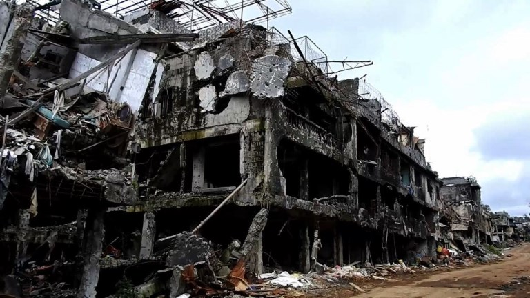 Philippines: Marawi en ruines après sa libération