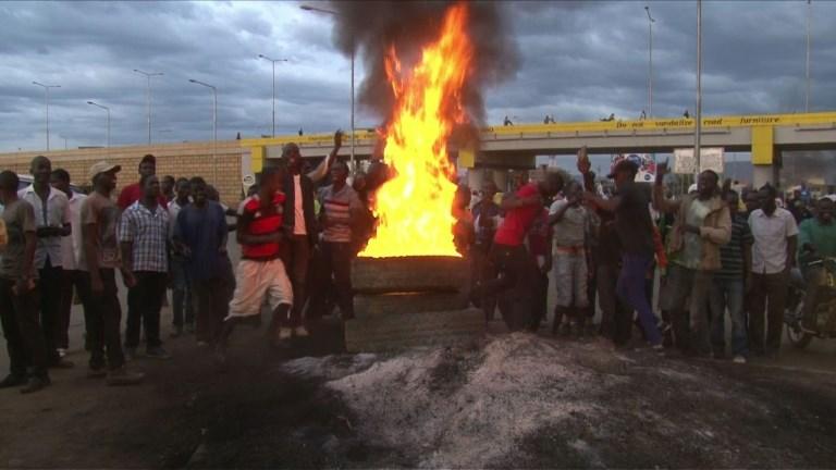 Kenyatta remporte la présidentielle boycottée par l'opposition
