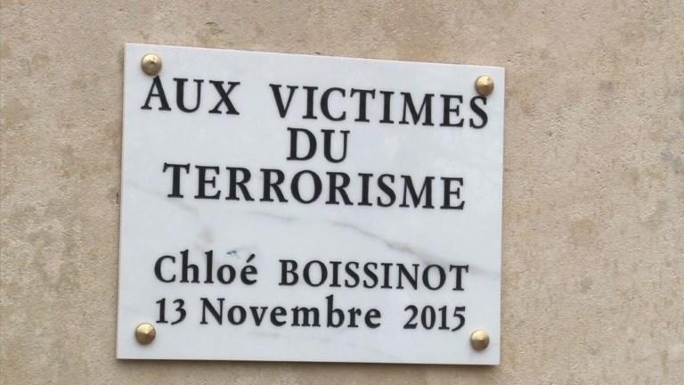 Une victime des attentats aux côtés des morts pour la France
