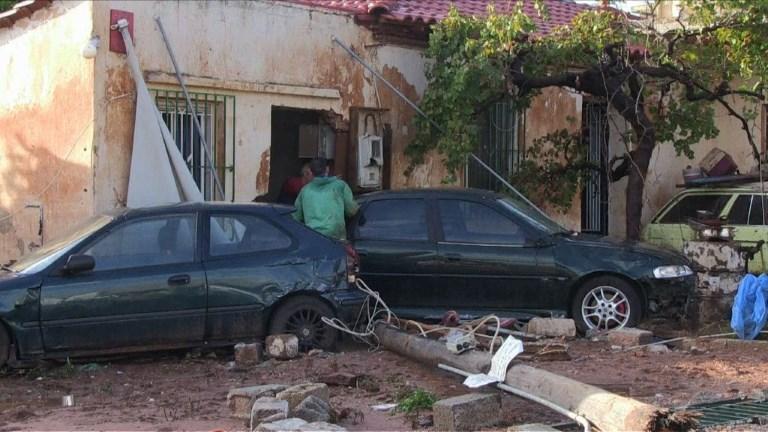 Inondations en Grèce: après le deuil, l'évaluation des dégâts