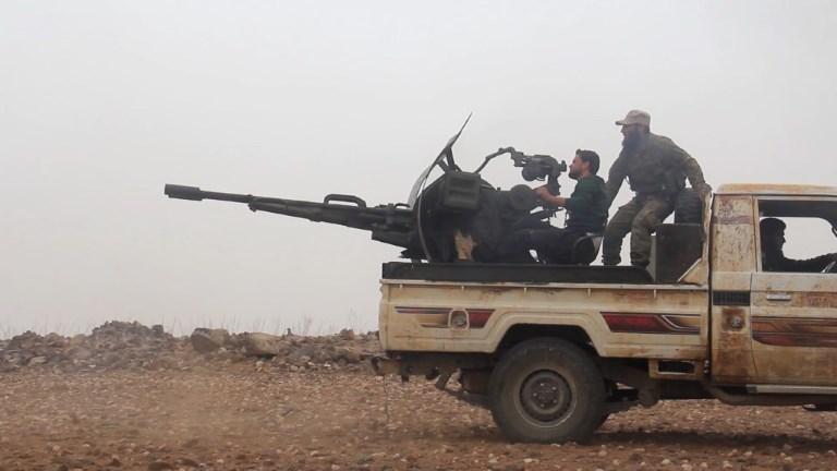 Syrie: les combats continuent dans l'est de la province de Hama