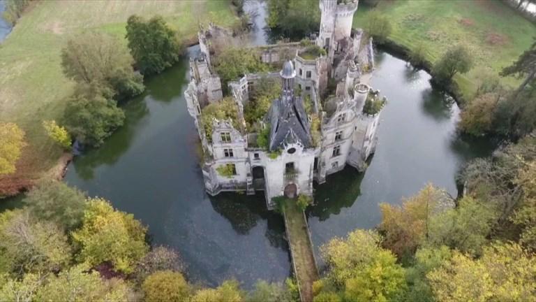 Un château poitevin acheté 500.000 euros par des internautes